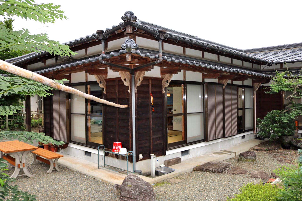 平山温泉A邸