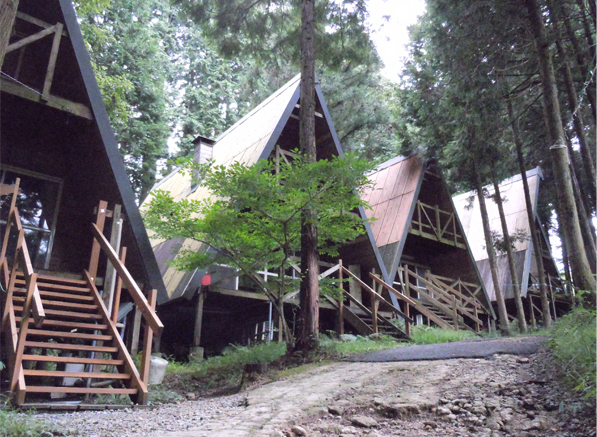 鳴滝ログハウス
